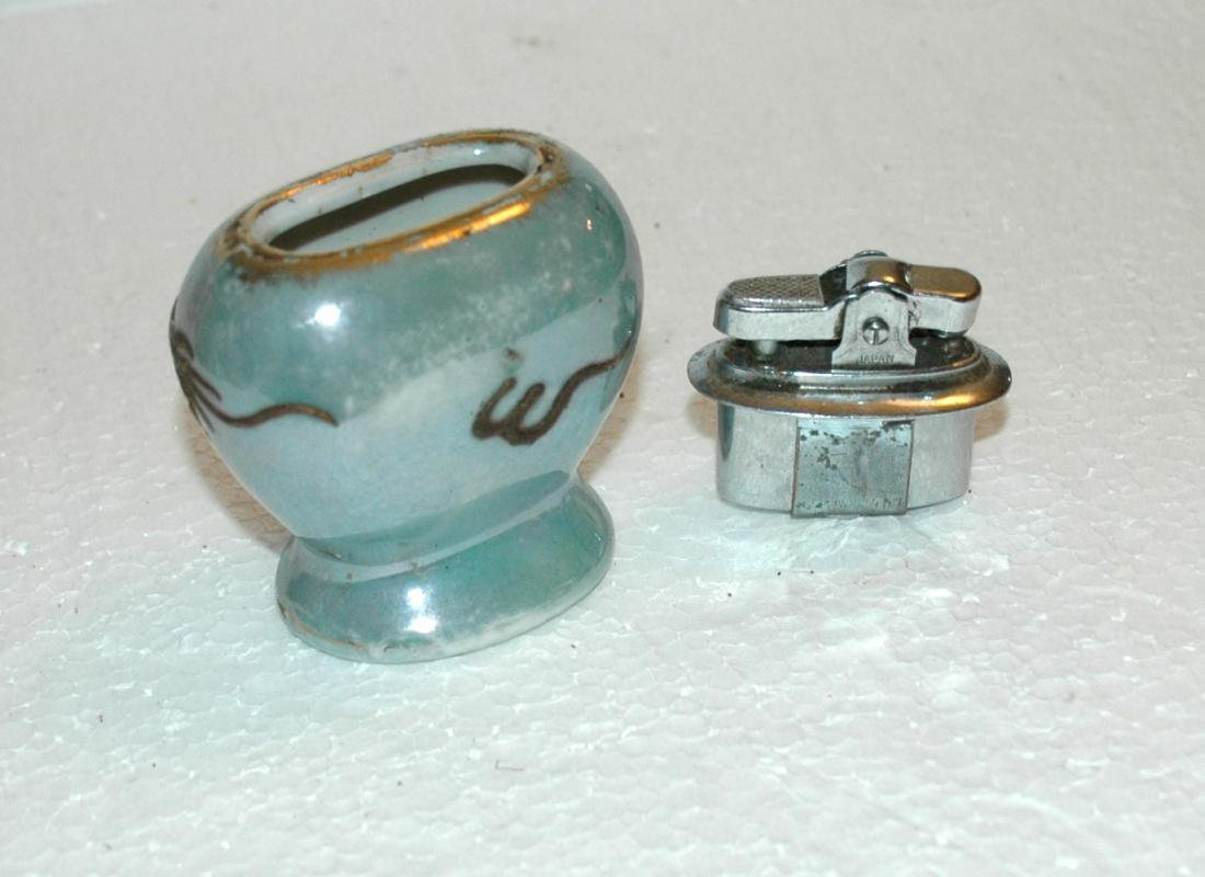 Dragonware Moriage Luster Porcelain Table Lighter  Asian