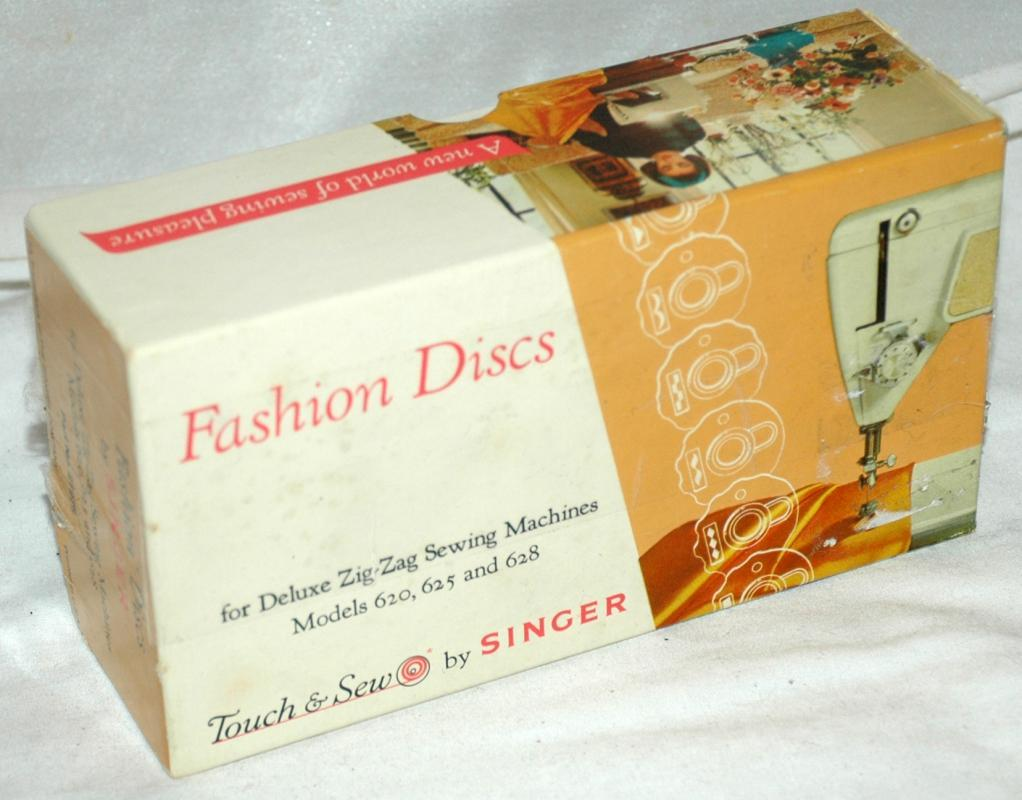 Singer Touch and Sew  9 Fashion Discs, Cams