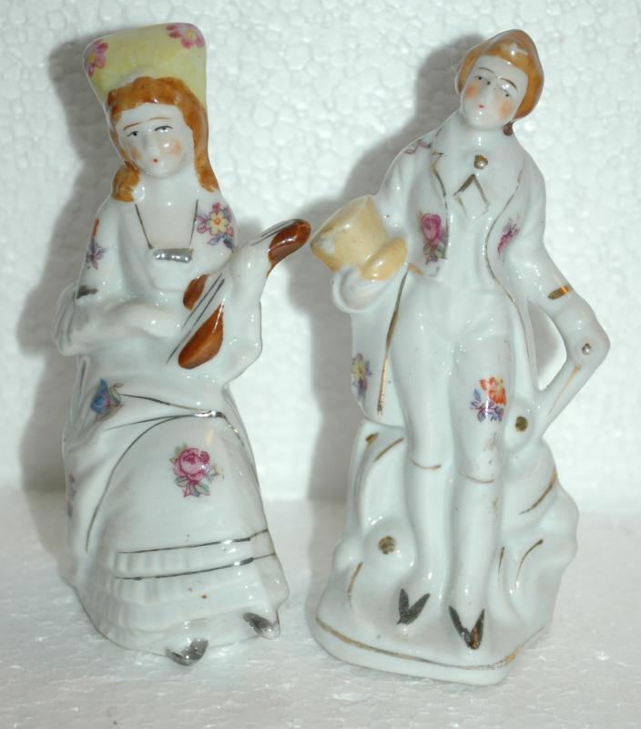 Occupied Japan Porcelain Colonial Couple