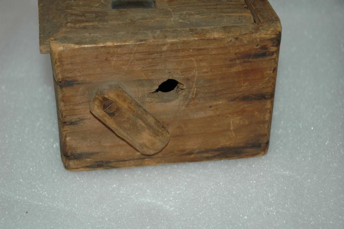 Antique Bug / Cricket Box / Hand Made Rustic   Early American