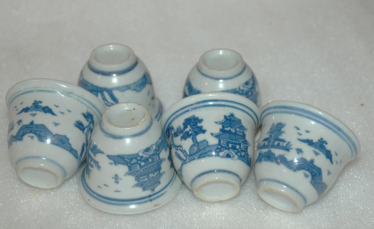 6 vintage blue white porcelain sake cup