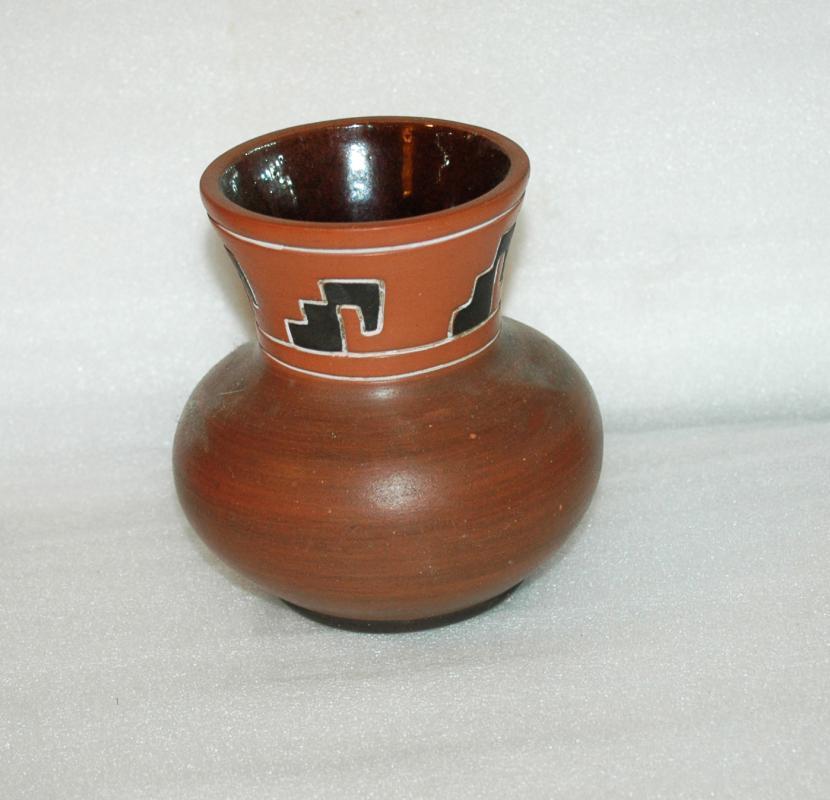 Armando de Mexico Pottery Pot  Vase  Geometric Sgraffito