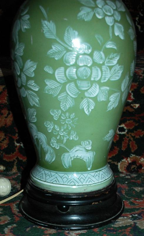 Oriental Porcelain  Table Lamp Baluster Style Hand Painted Green with White Flowers