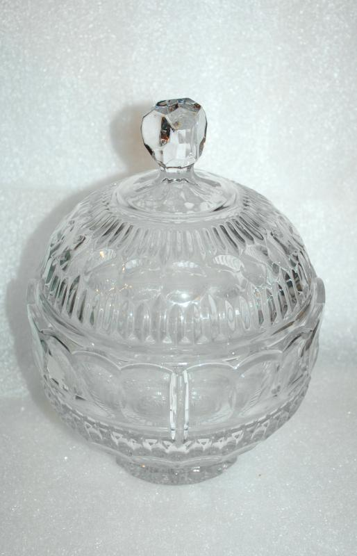 Leaded Crystal Glass Panel Optic Candy Bowl with Dome Lid