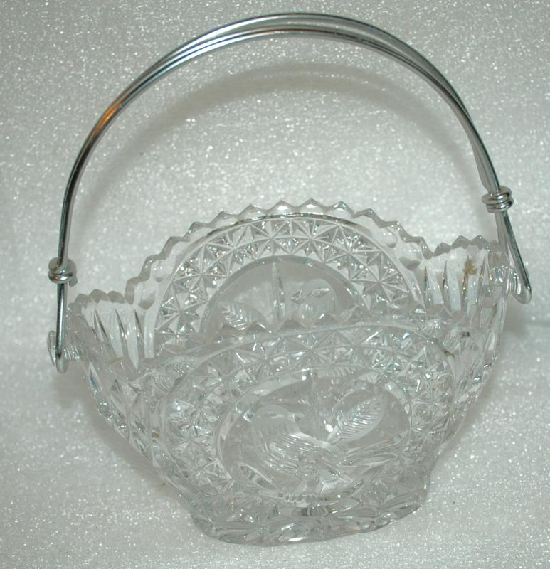 HOFBAUER Byrdes Collection Basket Candy Dish Frosted Bird Metal Handle Made in Germany