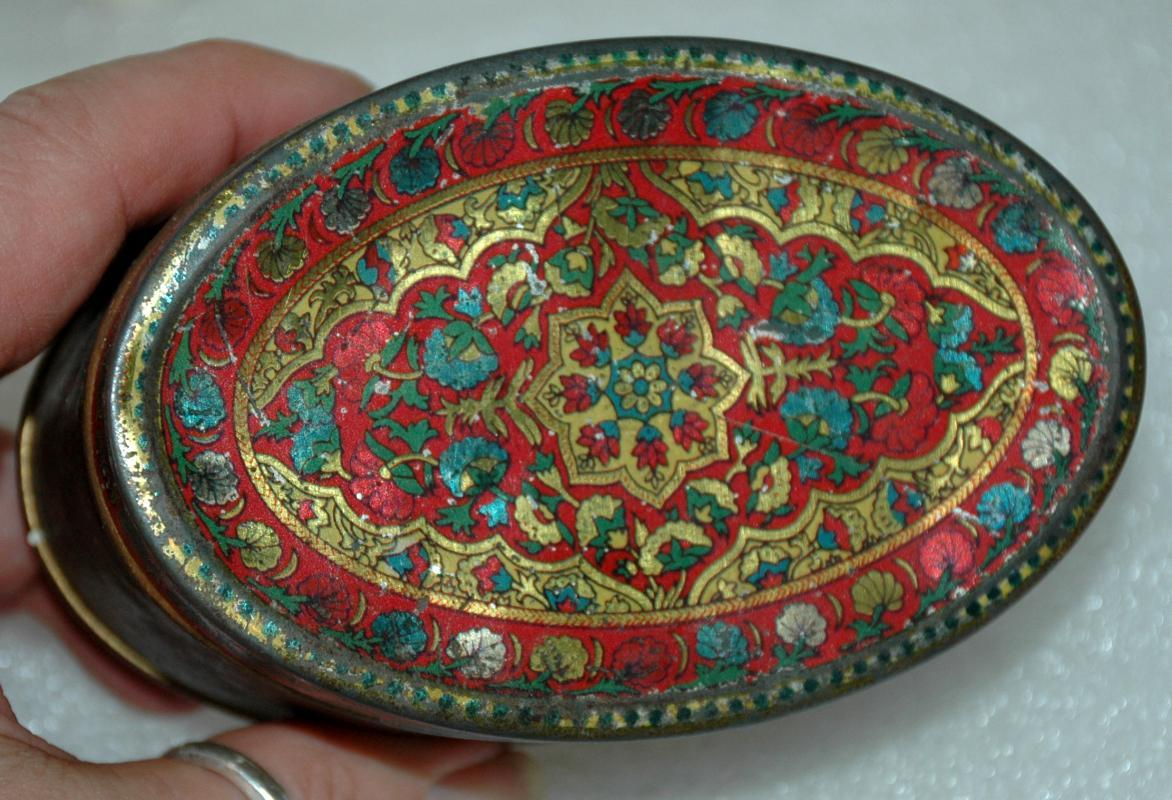 Antique   WOOLWORTH MINT TIN