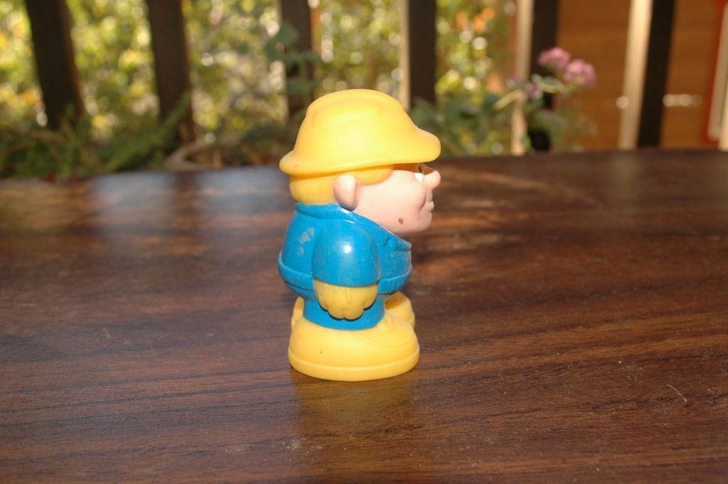 Tonka Construction Worker with Yellow Hard Hat