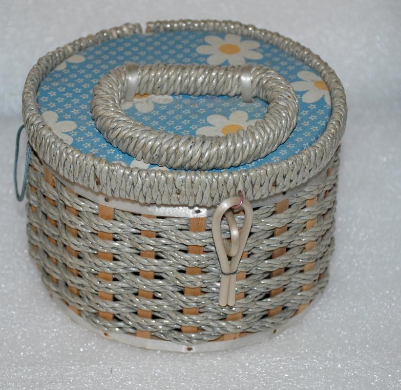 Small Round Wicker Sewing Basket with Daisy Top