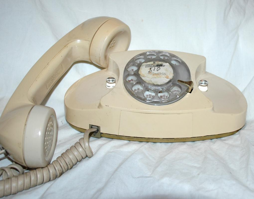 VINTAGE PRINCESS ROTARY DIAL PHONE Bell System Western Electric , WORKS!