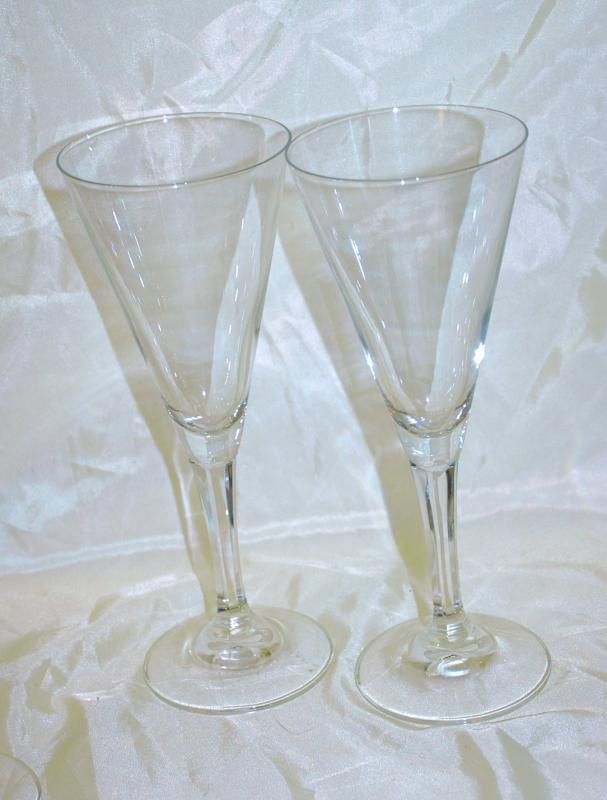 Set of 4 Glass Stemware  Chamange Flutes  Funnel Shape  / Panels Stems