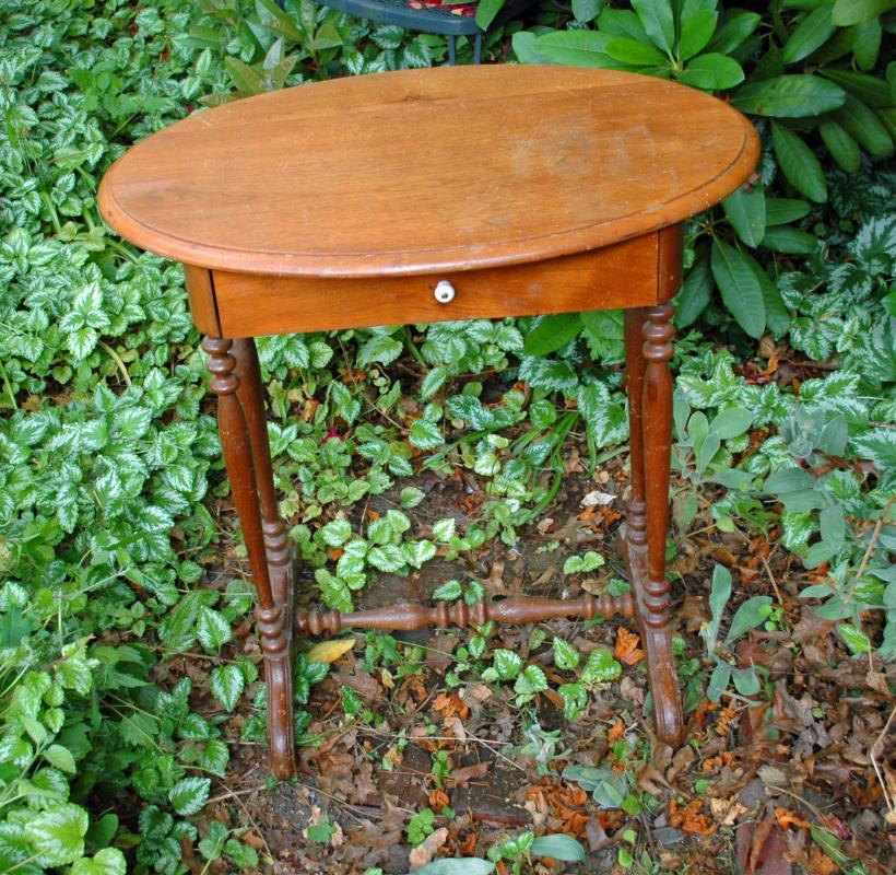19th Century  Walnut Oval Top Table Stand with One Drawer, Twisted Legs Antique