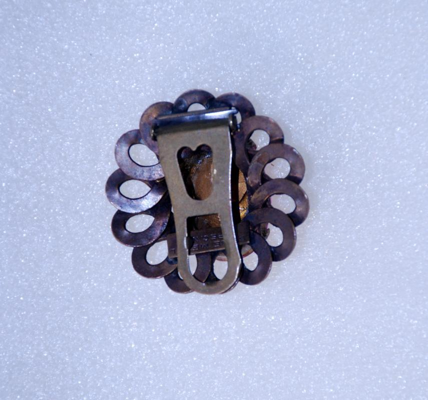 Pink Stone & Brass Dress Clip  Rare Signed Style Metal Spec. NY   Vintage 1930s