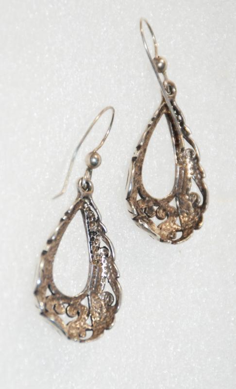 Vintage   Mexican Sterling Earrings ,  DangleTear Drop Shape with cut work