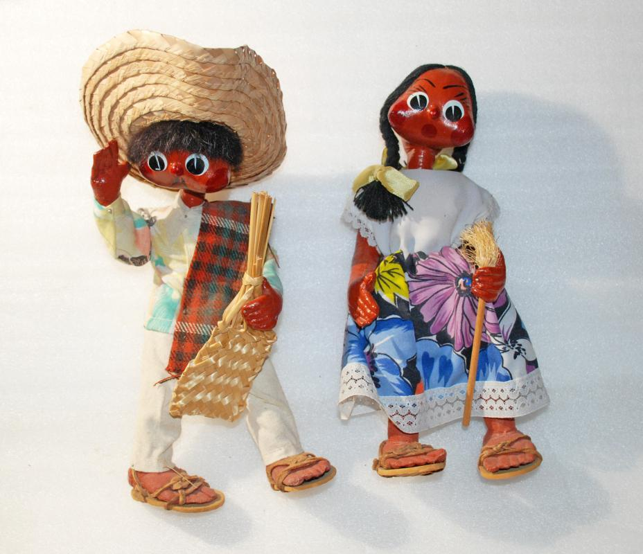 Old Mexican Folk Art Papier Mache Gourd Toluca Dolls  Boy & Girl Jointed