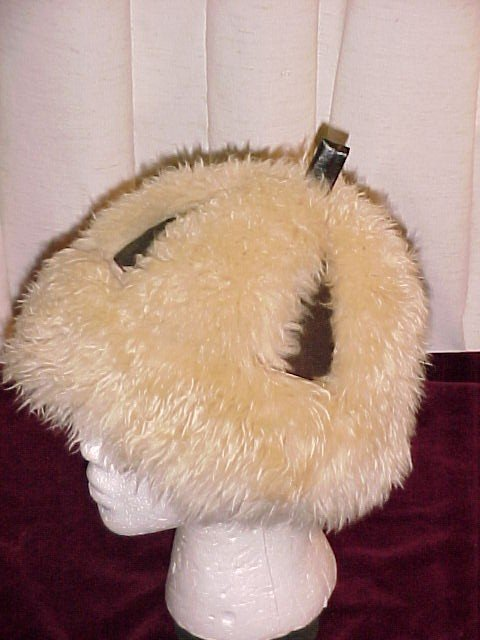 Vintage Italian Sheepskin / Shearling  Leather  Hat