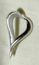 14k White Gold Heart Pin Milros 3.6gm