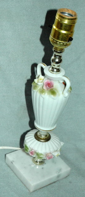 Porcelain Night Table  Lamp with Roses  *  PRICE REDUCED !**