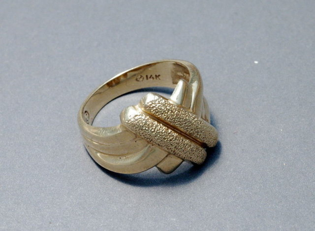 Solid 14K Gold Cris Cross Band Ring