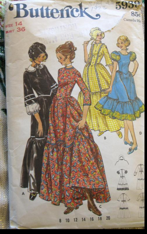 Vintage 1970's Butterick Costume Pattern No.5939 Misses Centennial Colonial Gown Costume Dress Size 14