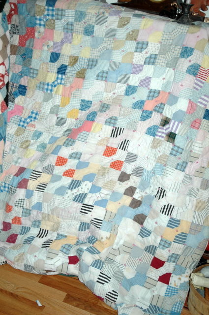 Antique Bowtie Quilt  hand made 80
