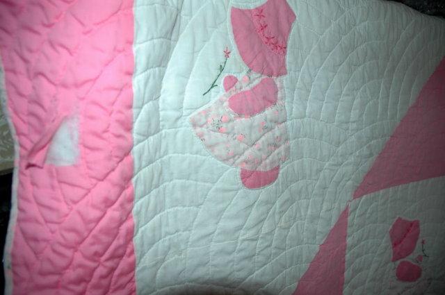 Sunbonnet Sue Hand Stitched Quilt