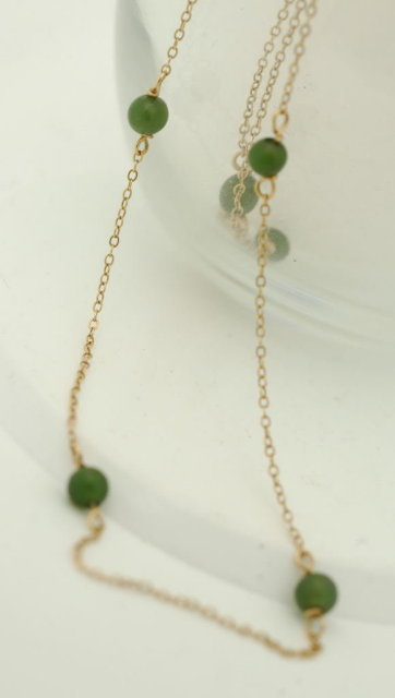 14k gold  & Jade Bead Necklace 15