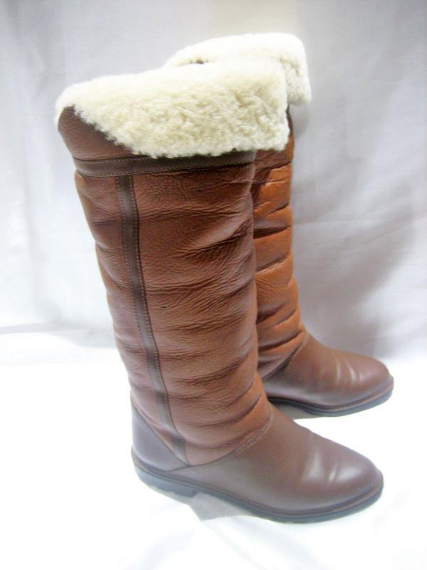 LA CANADIENNE BROWN TWO TONED LEATHER FLEECE LINED HIGH BOOTS SIZE  7.5