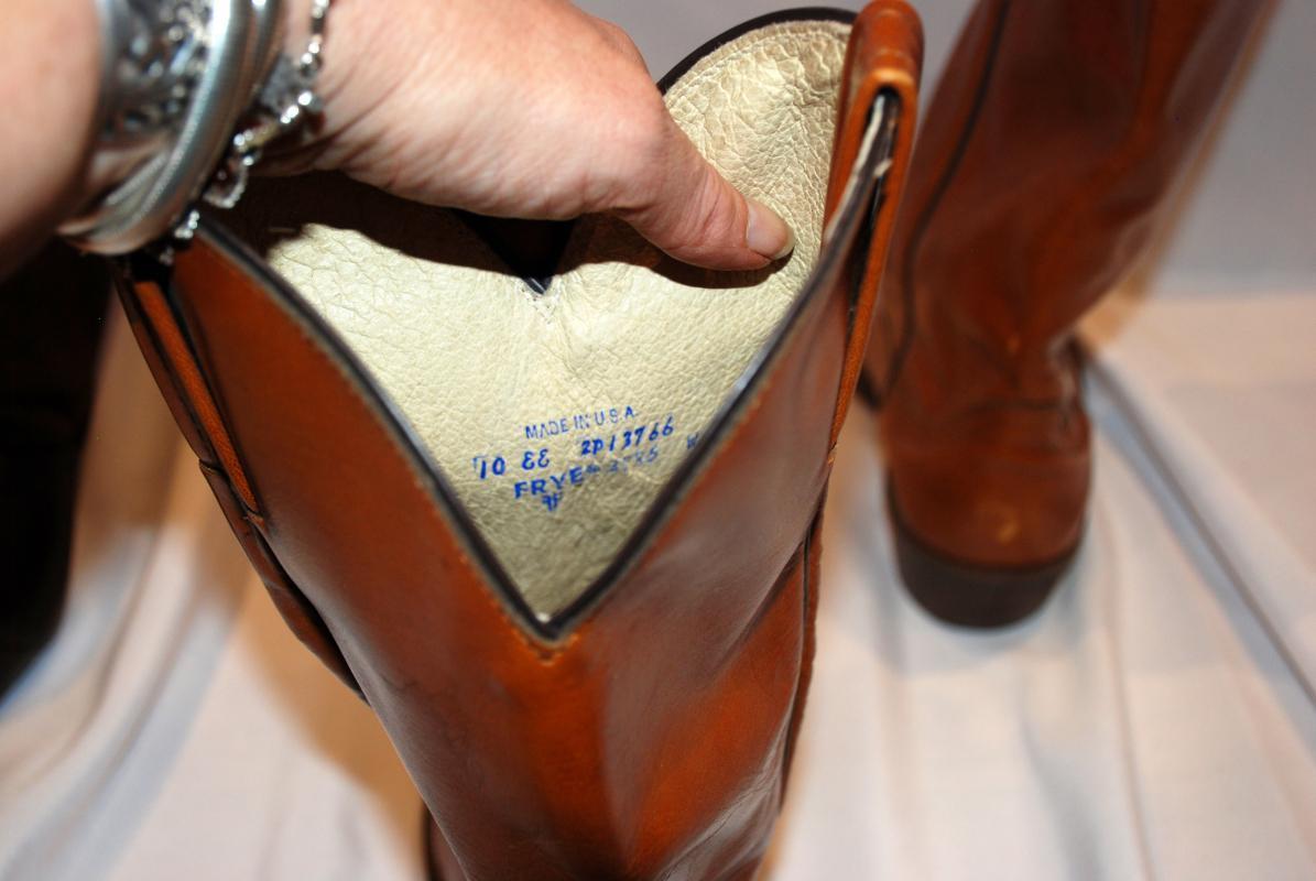 Frye Boots men's size 10EE, Western Style Cowboy