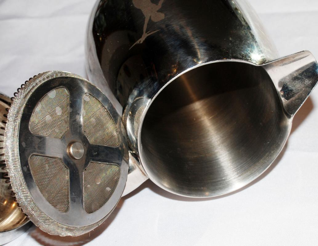 BODUM  STAINLESS COFFEE PRESS THERMAL C. JORGENSEN 11  Etched Boy & Airplane