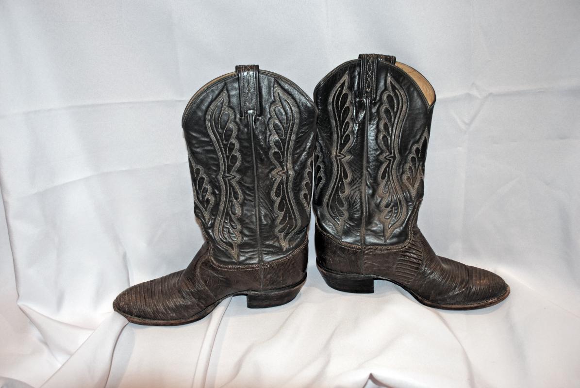 Vintage Tony Lama Cowboy Boots size 9D Exotic Reptile Vamps