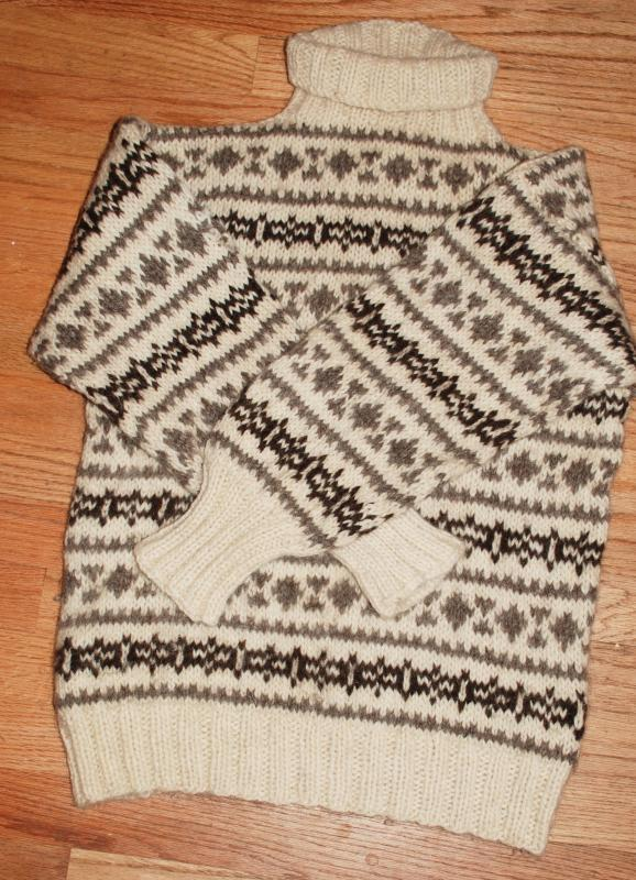 Scandinavian Natural Wool Hand-knit Pull Over Sweater  Size Large Cream Gray and Brown