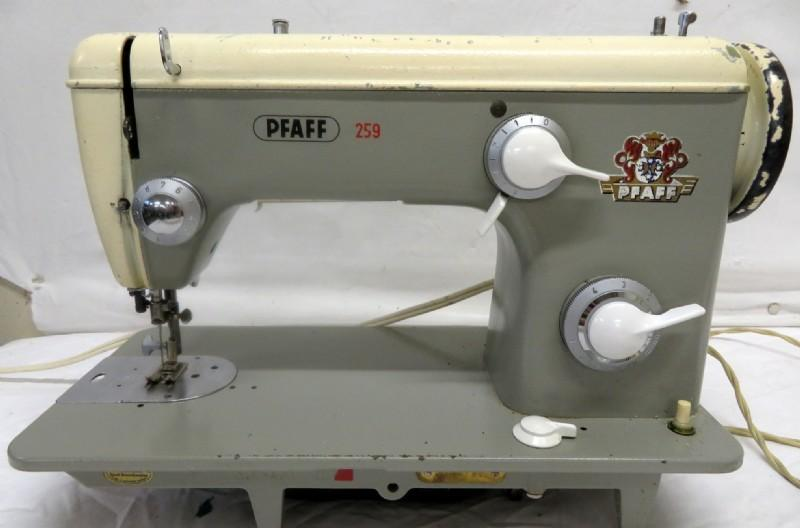 Vintage Pfaff 259 Heavy-Duty Sewing Machine with Instruction Booklet