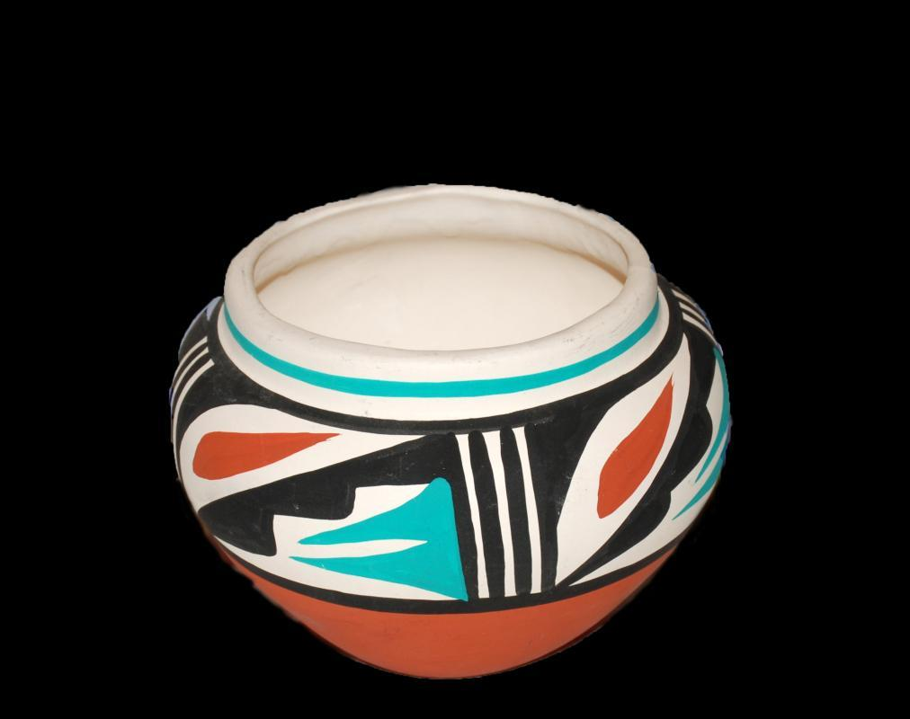 L.TOYA JEMEZ N.M.  NATIVE AMERICAN Jemez Pueblo   New Mexico Pottery Bowl
