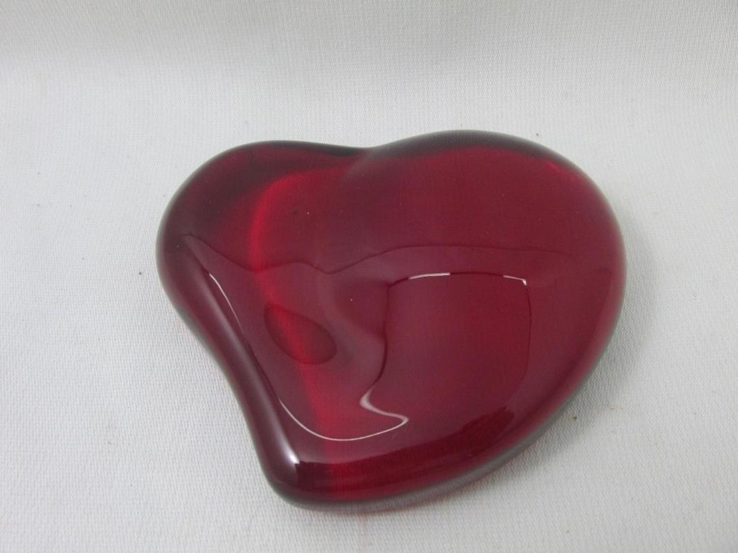 Tiffany & Co. Elsa Peretti Red Heart Paperweight Made In Japan
