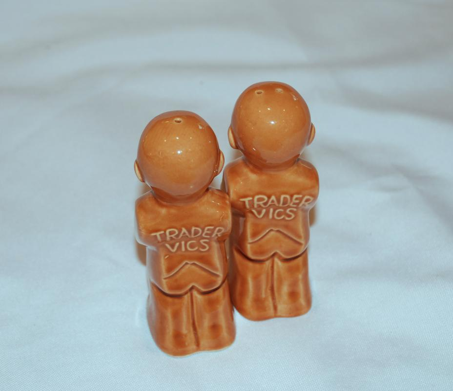 TRADER VICS SALT & PEPPER SHAKERS CERAMIC TIKI  Vintage