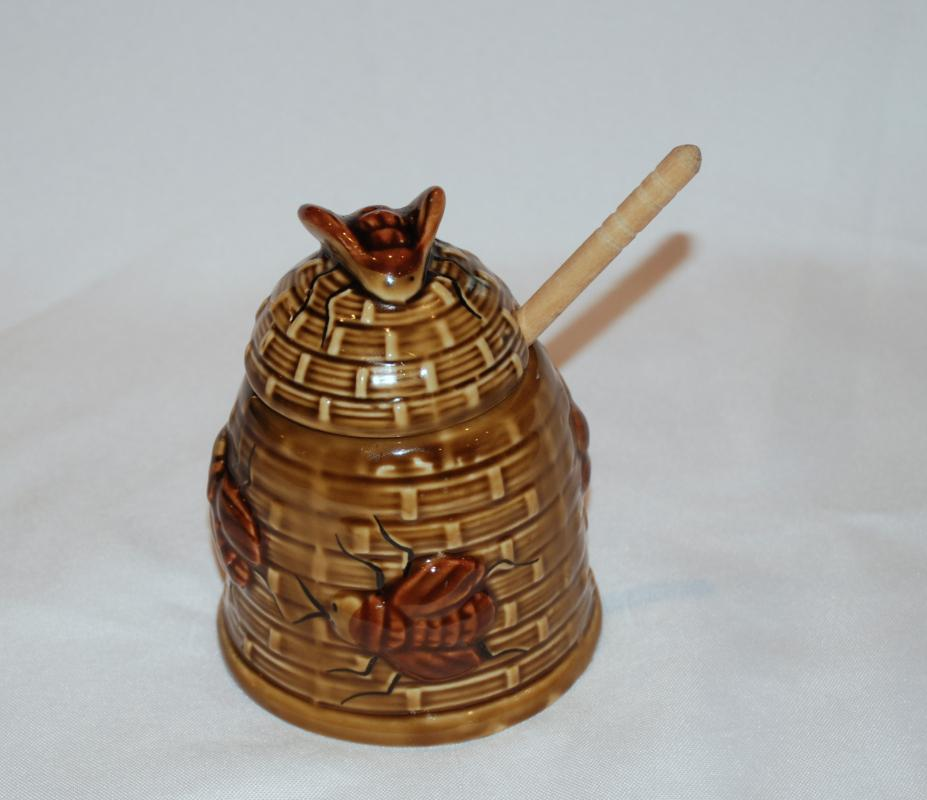 Vintage ceramic beehive shaped honey pot