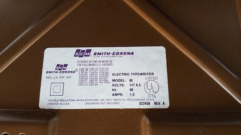 Smith Corona Coronet  Coronamatic  Super 12 Electric Typewriter With Case & manual