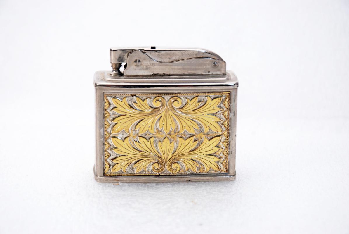 Western Etched Scroll Gold Elite Lighter , Table lighter , Japan