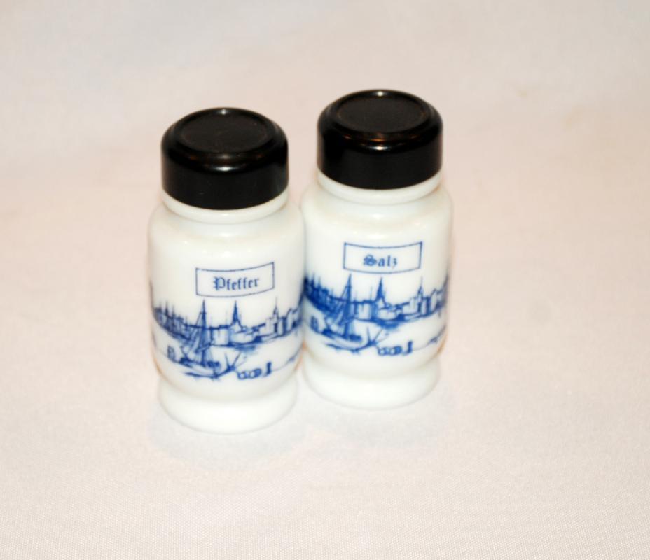 Vintage Milk Glass Belgium  Salt Pepper Shakers  Blue White Sals Zout Sel Poivre Peper Pfeffer City Coastline