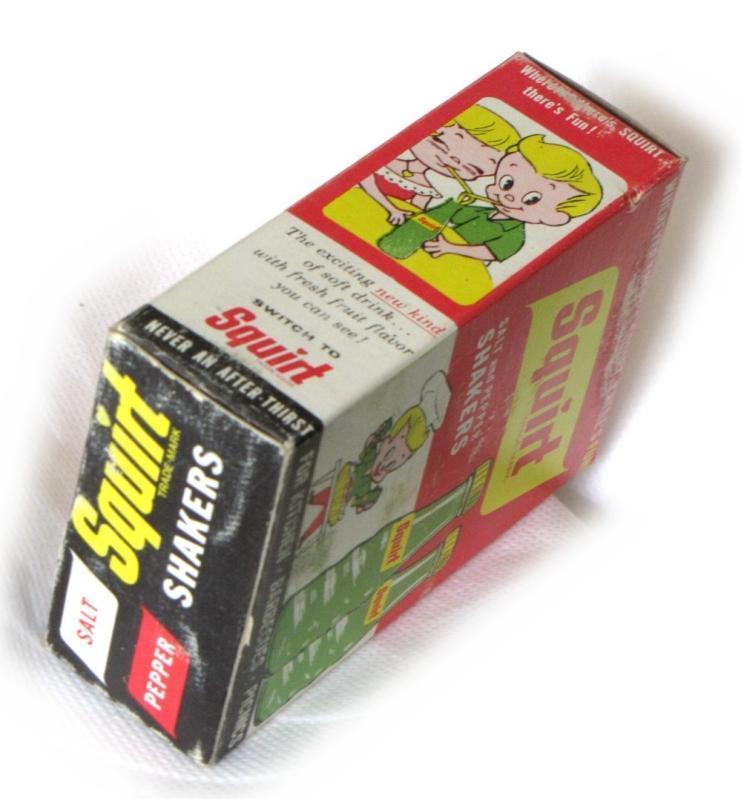 VINTAGE SQUIRT SODA POP GLASS SALT & PEPPER SHAKERS w/ ORIGINAL BOX