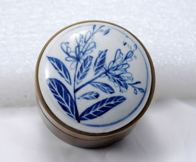 Blue White Porcelain Top Brass Container Round Trinket Box  **PRICE REDUCED!!**