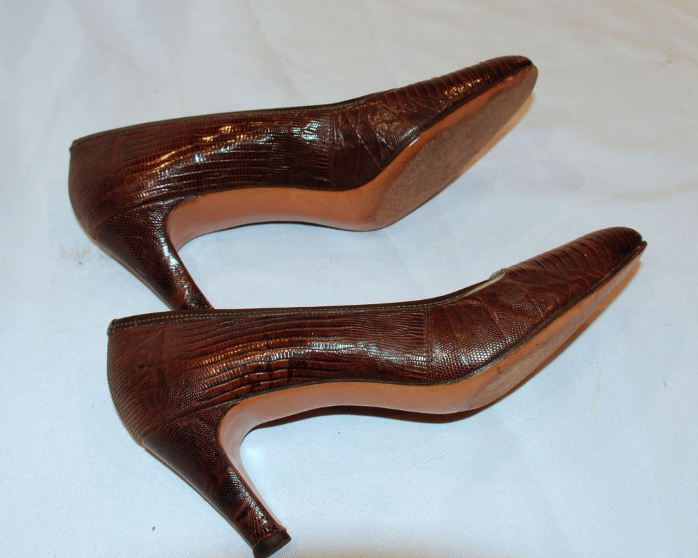 1950's DeLiso Debs Swagger Brown Lizard Reptile Brown Pumps Vintage Shoes size 6.5 B
