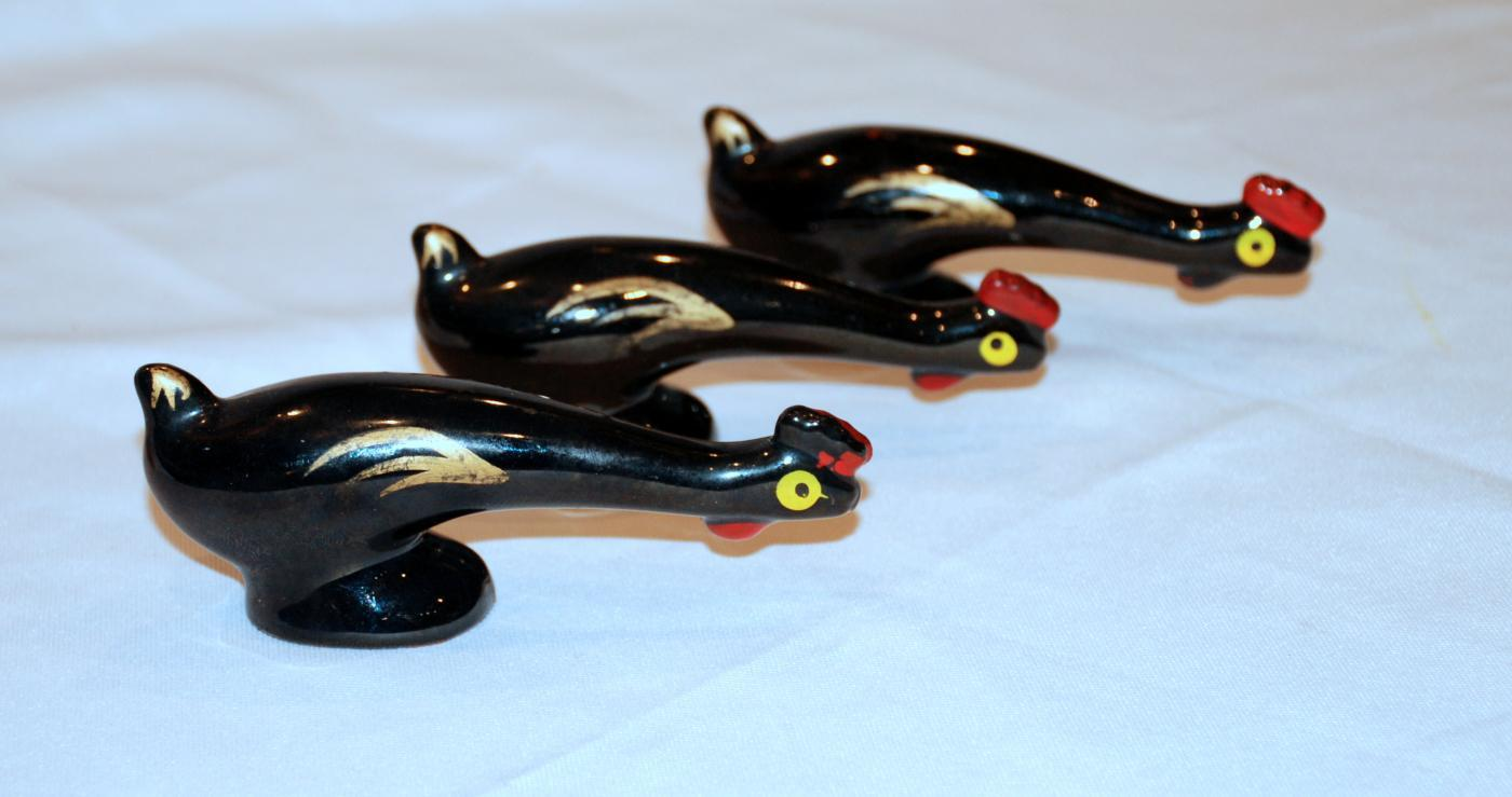 3 Long Stretched Neck  Black Gold  Chicken Figurines,Japan Red Clay Pottery
