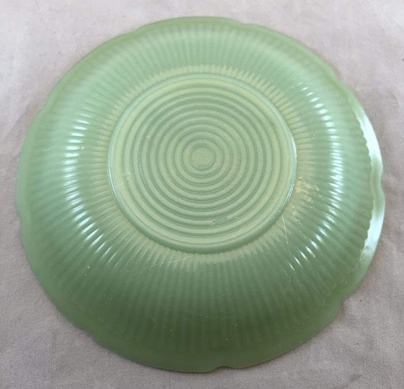 Vintage Fire King Green Jadeite Jadite Saucer - Alice Pattern