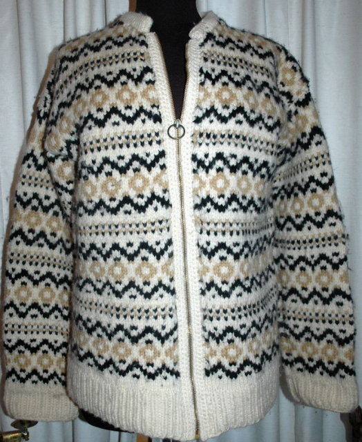 Vintage Hand Knit Scandinavian Zip Up an  Sweater Medium Cardigan