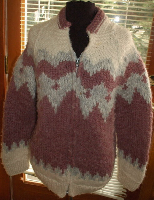 Kanata Cowichan Hand Knit Wool    Sweater Dusty Rose Zip Up