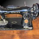 Singer Sewing Machine 15-90  Straight Stitch Powerful All Metal