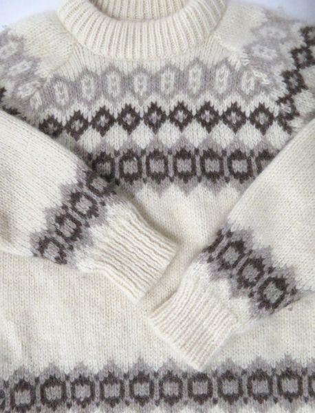 Women's Icelandic Pure Wool Sweater Size M