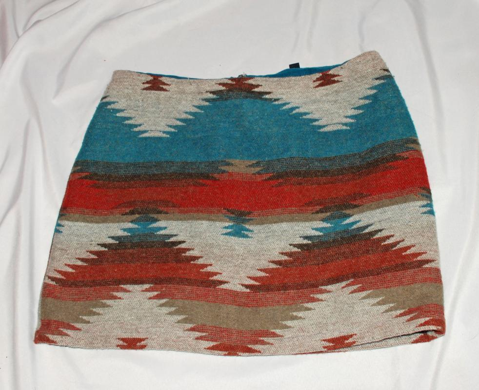 American Eagle Outfitters AEO Southwestern Mini Skirt size 10