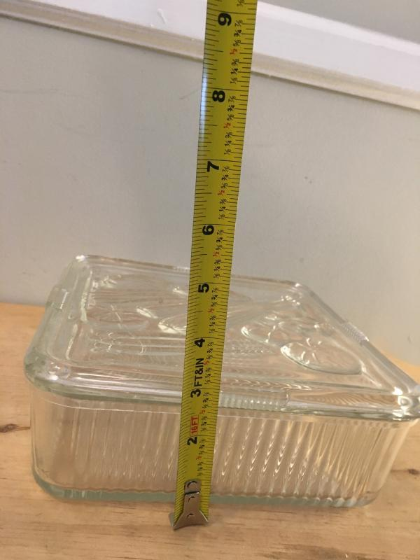 Vintage Federal 8 inch Square Clear Glass Crisper, Refrigerator Dish, Vegetables on the Lid